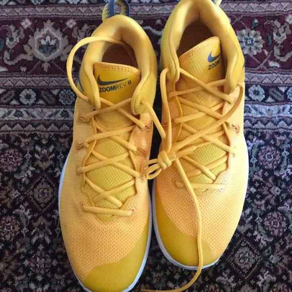 f6a6cd069e2c4a Nike zoom Rev II
